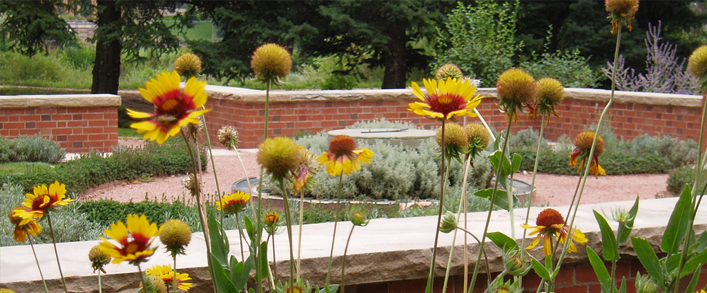 Horticultural Arts Society Heritage Garden in Monument Valley Park